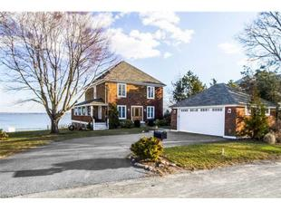 119 SAUGA AV, North Kingstown, RI.
