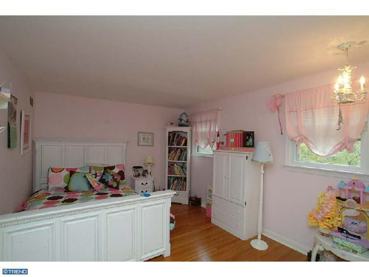 738 Darby Paoli Rd, Newtown Square, PA 19073