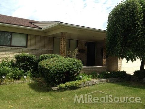 Photo of 3271 Marc Dr, Sterling Heights, MI 48310