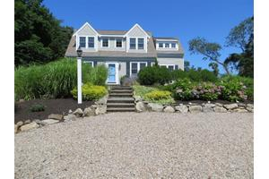 42 Sixpenny Ln, Brewster, MA 02631