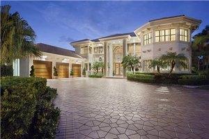 404 E Coconut Palm Rd, Boca Raton, FL 33432