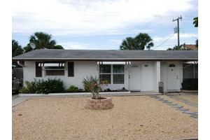 163 SE Sailfish Ln, Stuart, FL 34996