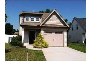 1519 Hamilton Hills Dr, Greensboro, NC 27406