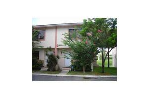 9100 NW 40th St Unit 8, Coral Springs, FL 33065