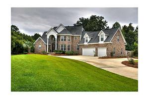 103 Wysteria Dr, Richmond Hill, GA 31324
