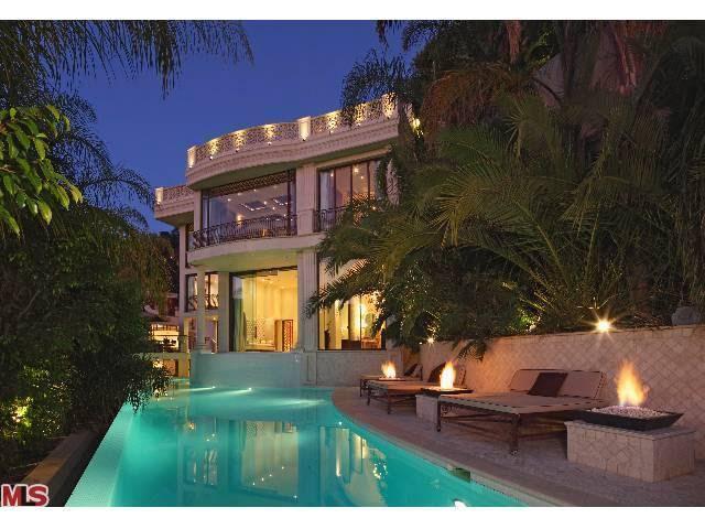 1755 Viewmont Dr, Los Angeles, CA 90069