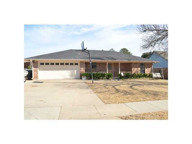 9249 Highcrest Dr, Shreveport, LA 71118
