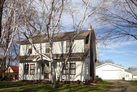 111 W Howard St, Lake Crystal, MN 56055