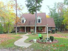 115 Willow Spring Ln, Farmville, VA 23901