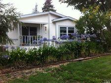 21 Hemlock Ct, Rohnert Park, CA 94928
