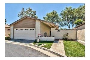 2806 Lancewood Ct, Fullerton, CA 92835