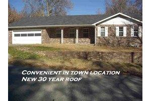 209 Lillian Dr, Mountain Home, AR 72653