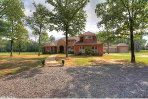 31 Majestic Valley Dr, Conway, AR 72032
