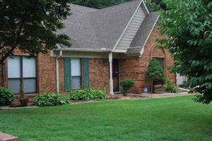 3861 Regency Oaks Dr, Bartlett, TN 38135
