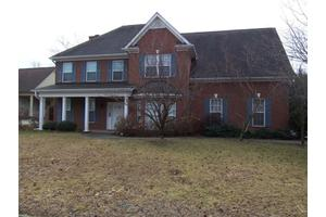 8218 Glenrothes Blvd, Knoxville, TN 37909