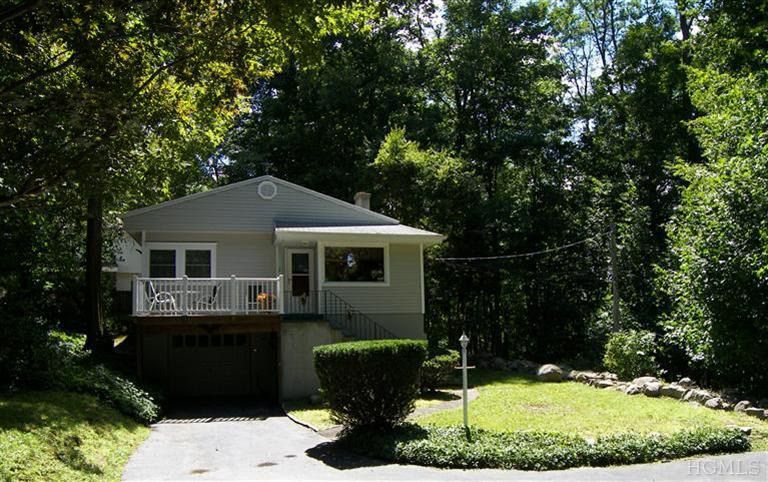 10 Hillcrest Dr, Cortlandt Manor, NY 10567
