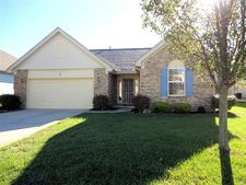 1022 Meadowsweet Dr, Englewood, OH 45315
