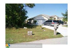 319 SW Majestic Ter, Port St. Lucie, FL 34984