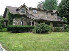 8856 Ridge Rd, Hartland, NY 14067