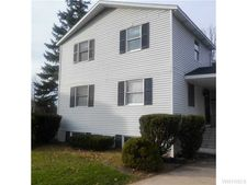 151 Mapleleaf Dr, Amherst, NY 14221