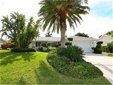 626 Foxworth Ln, Holmes Beach, FL 34217