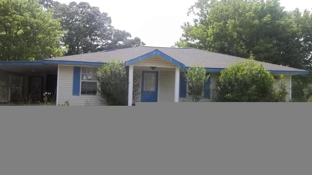 2910 11th Ave, Haleyville, AL 35565