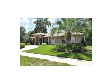 307 Bloomingfield Dr, Brandon, FL 33511