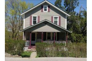 516 Washington Ave, Beacon, NY 12508