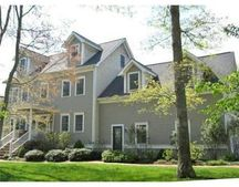 26 Clarks Cove Dr, Dartmouth, MA 02748