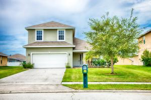 2712 Eagle Canyon Dr S, Kissimmee, FL 34746