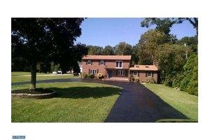 173 Fries Mill Rd, Turnersville, NJ 08012