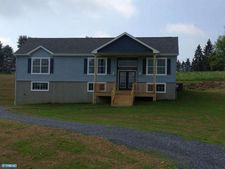 32 Parallel Rd, Pine Grove, PA 17963