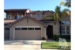 231 Knoll Ridge Rd, Simi Valley, CA 93065