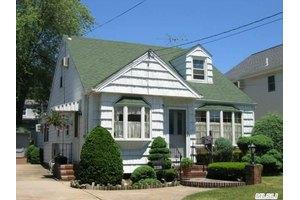 228 Belmont Ave, West Hempstead, NY 11552