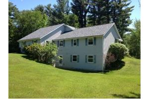 2781 Brook Hills Dr, Village of Suamico, WI 54313