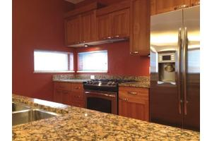 35 Washington Pl, Madison, WI 53703