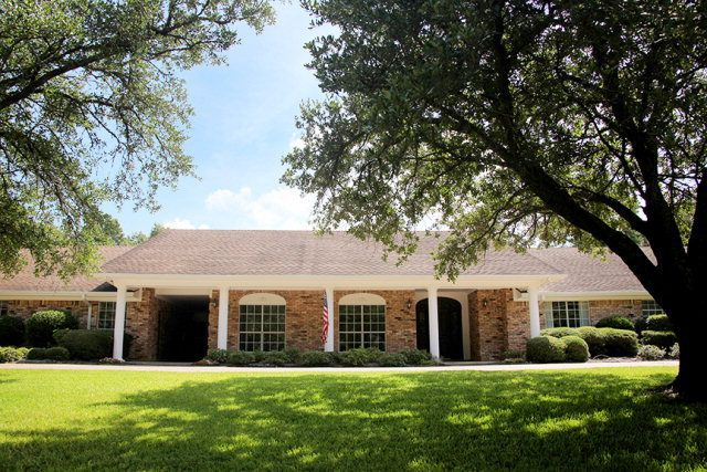 1317 Live Oak Ln Lufkin Tx 75904 3 Beds 3 Baths Home