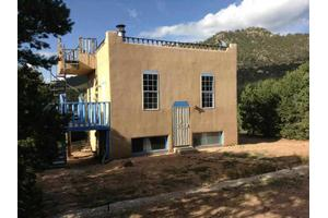 27 Old Santa Fe Way, Santa Fe, NM 87505