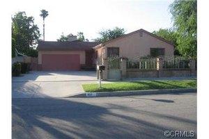 417 Greenberry Dr, La Puente, CA 91744