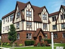 42 The Cres # 15, Babylon, NY 11702