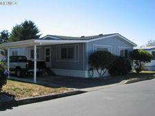 98042 W Benham Ln Spc 6, Brookings, OR 97415