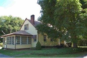 93 Old Hopewell Rd, Hughsonville, NY 12590