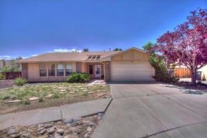 7224 Arenoso Pl NW, Albuquerque, NM 87120