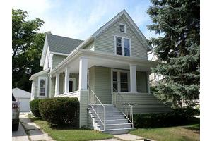 1618 N 6th St, Sheboygan, WI 53081