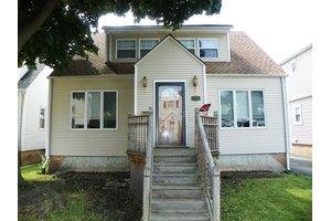 5008 N Oak Park Ave, Chicago, IL 60656