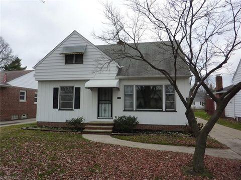 5925 Monica Ln, Garfield Heights, OH 44125