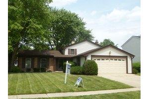 822 Stonebridge Ln, Buffalo Grove, IL 60089