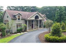 2807 Manor Oak Ln, Hampton, PA 15044