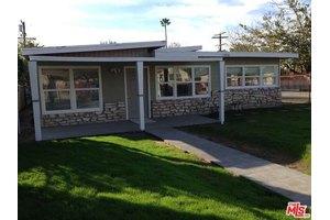 11056 Valerio St, Sun Valley, CA 91352