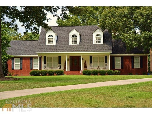 Thomaston 3152 4 Bedrooms And 3 Baths: 106 Wynncrest Ln, Thomaston, GA 30286